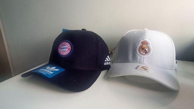 Bonés Real Madrid e Bayern de Munchen - Foto 2