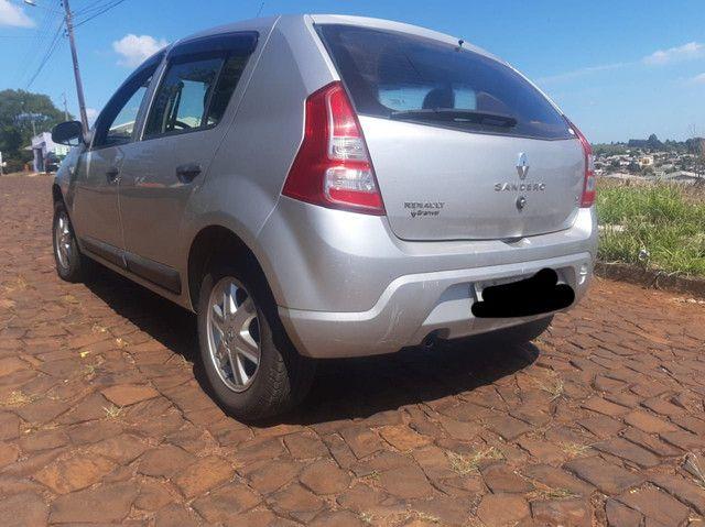 Renault Sandero COMPLETO - segundo dono - abaixo da fipe - Foto 3