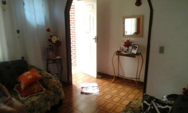 Casa proxima ao centro com duas moradias - Foto 4