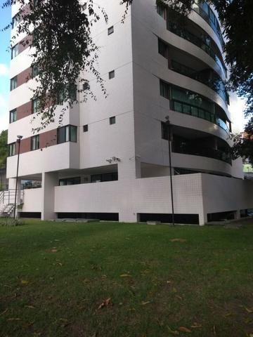 Apartamento 4 Quartos sendo 2 suítes 02 Vagas de Garagens