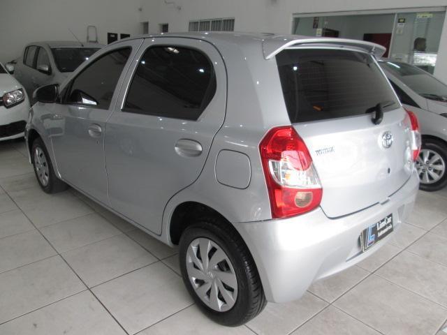 Toyota Etios Hatch Etios X 1.3 (Flex) - Foto 10