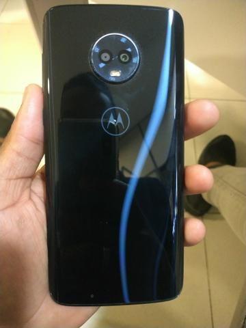 É o top de linha pessoal Moto G6 Plus