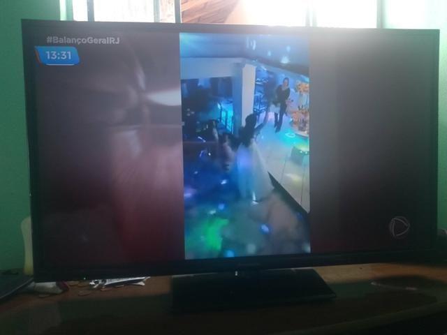 Televisão Panasonic 32 polegadas não e smart - Foto 3