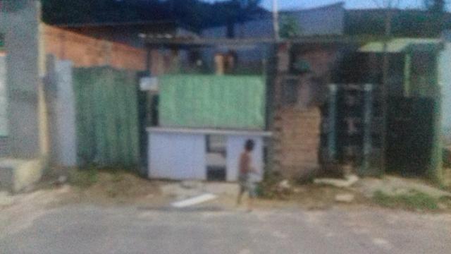 Vendo esta casa no valor de 35.0000