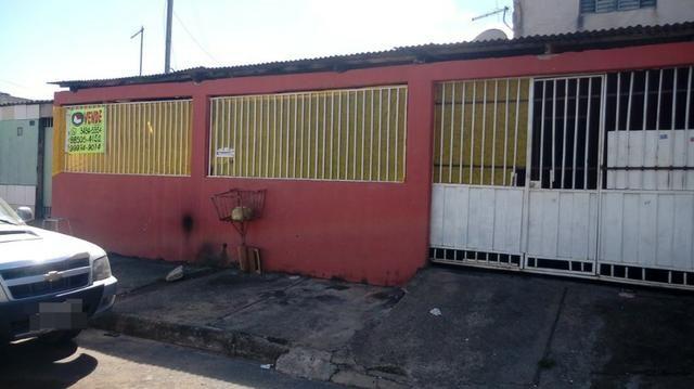 Vende-se lote com 3 moradias na quadra 401 do Recanto das Emas * - Foto 2