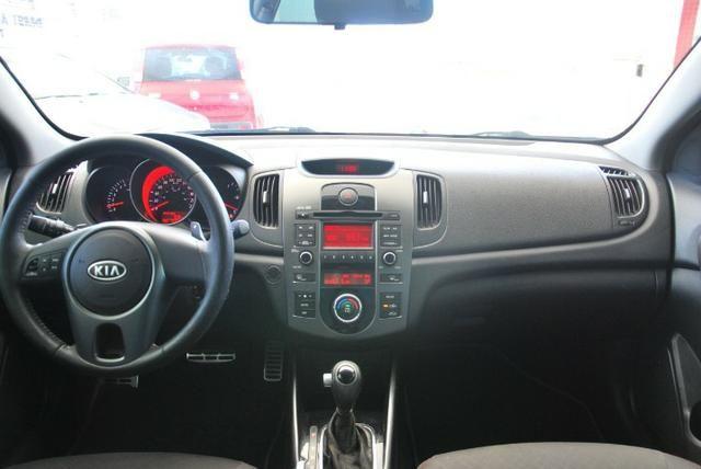 Kia Cerato 1.6 Automatico 2011 - Troco e Financio ( Aprovação Imediata ) - Foto 7