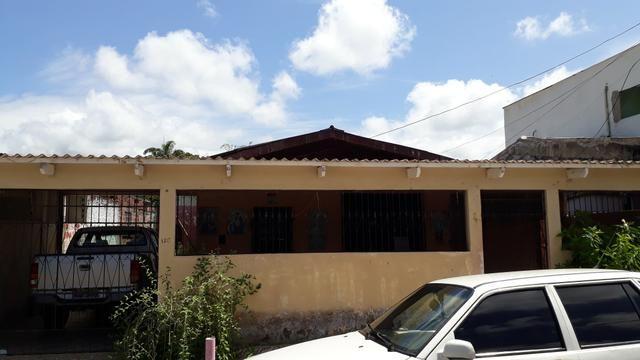 Casa no Jardim Tropical