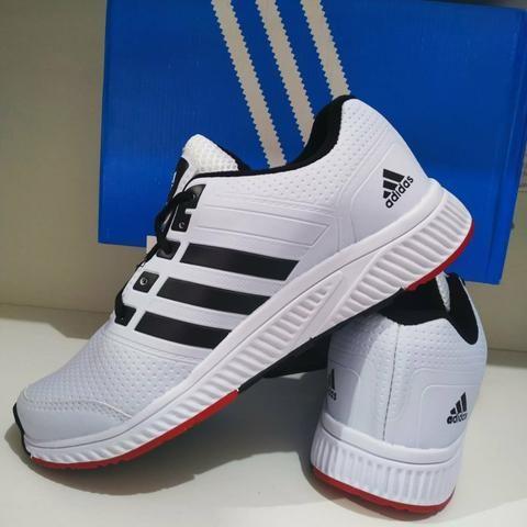 Tênis Adidas a pronta entrega