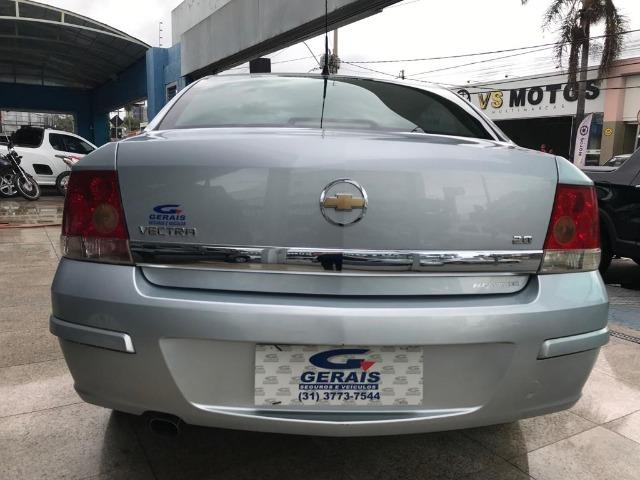 Chevrolet Vectra Sedan - Foto 4