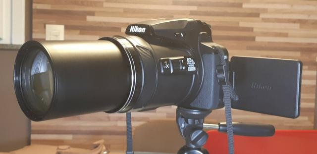 Câmera Nikon Coolpix P900 zoom óptico de 83x impecável e completa-Para exigentes