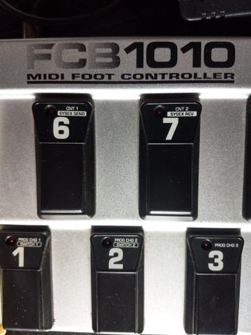 FCB 1010 Midi Foot Controller Behringer - Foto 2