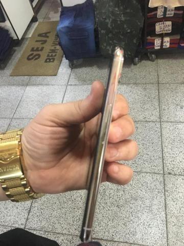 Imperdível iPhone XS Max 512 giga branco 6000 parcelo acréscimo da maquininha - Foto 6