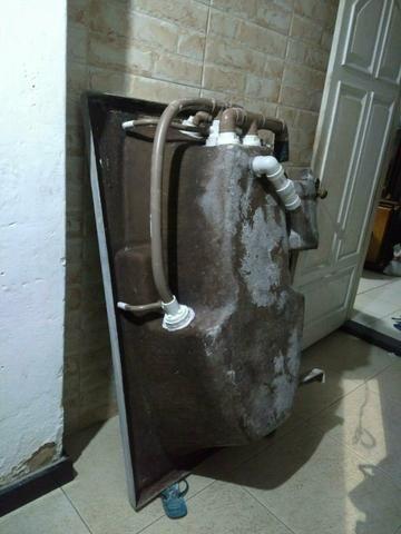 Vendo banheira de hidromassagem( fibra) - Foto 4