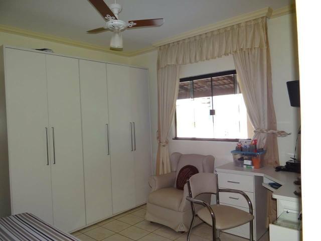 Arniqueiras QD 04 Casa 4 qts 3 suítes lazer lote 2.287m pode dividir em vários lotes - Foto 18