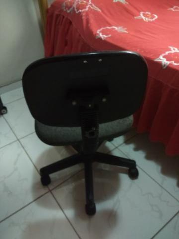 Cadeira Giratoria para Mesa 7 - Foto 3