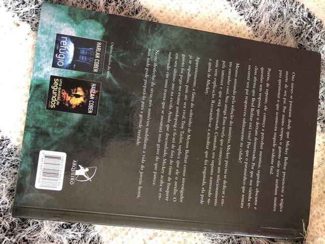 Livro: A toda prova - Harlan Coben - Foto 4