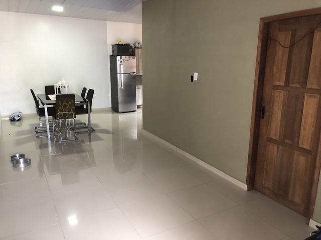 Vendo ou troco casa no novo Israel com ótimo espaço - Foto 4