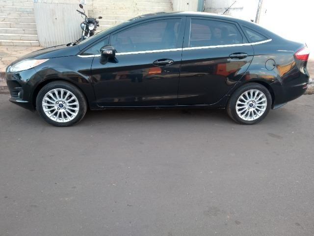 New Fiesta Sd. Titanium Aut. 2013/2014