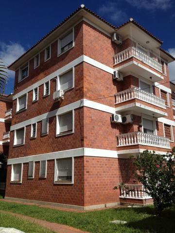 Ótimo Apartamento Condomínio Largo Vernetti