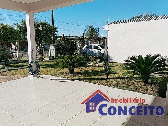 C11 - Linda residência com suíte em região de moradores - Foto 2