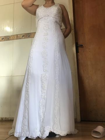 Vestido de noiva novinho