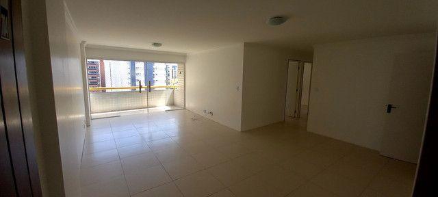 Apartamento na Ponta Verde (Edf.Eça De Queiroz) Oportunidade - Foto 20