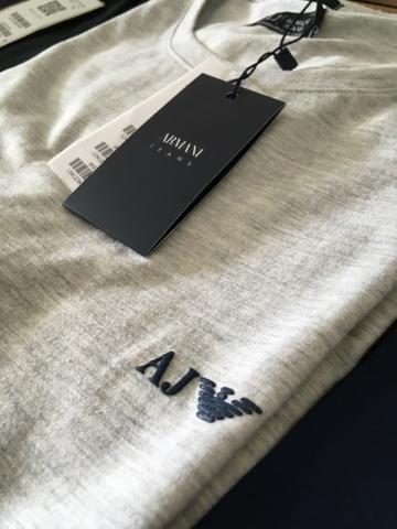 Camisas e roupas de grife - Foto 3