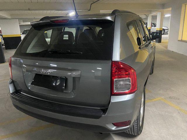 Jeep Compass Sport 2.0 automática muito nova OBS: taxa de 1%no cartao de credito - Foto 7