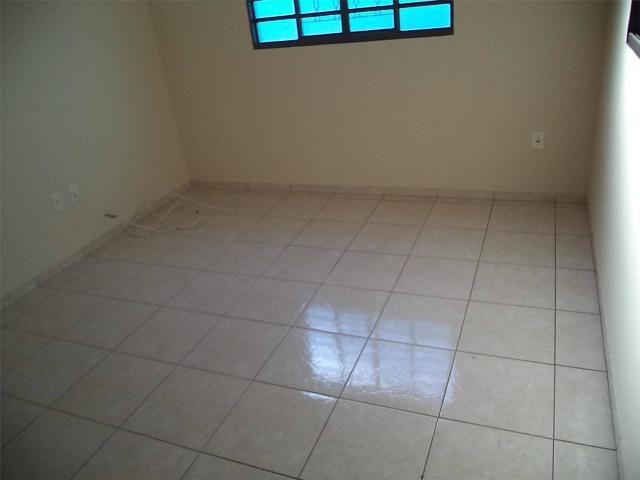 Casa com 3 dormitórios para alugar, 120 m² por R$ 1.500,00 - Jardim Macarenko - Sumaré/SP - Foto 6