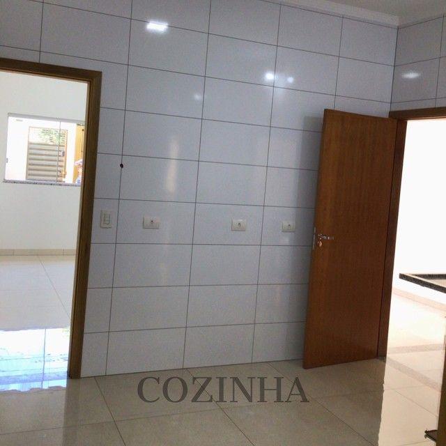 LINDÍSSIMA CASA, com ótima localização no bairro Santo Amaro. - Foto 5