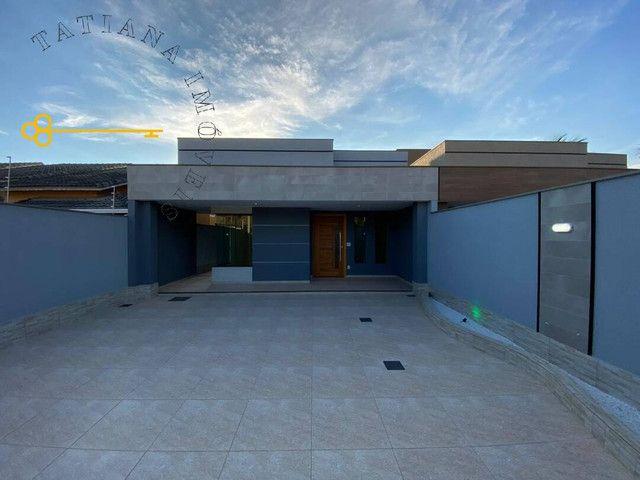 Casa Fantástica, em local privilegiado de Itaipuaçu!