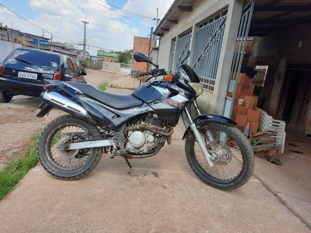 Troco por moto ou carro