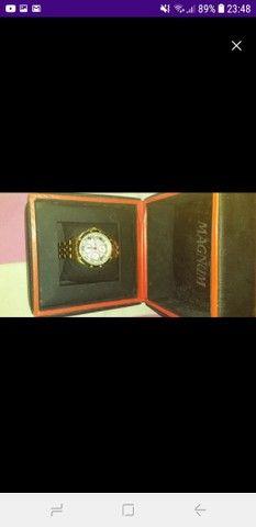 Relógio Magnum Ma