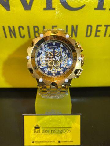 Relógio híbrido detalhe azul novo