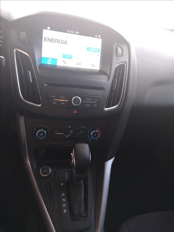 Ford Focus 2.0 se 16v - Foto 9