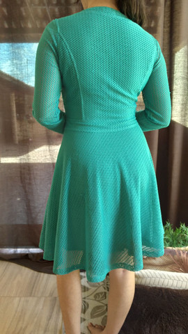Vestido turquesa com renda - Foto 3