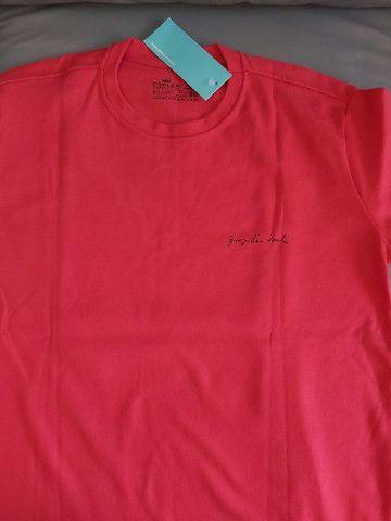 Camisas atacado  básicas Multimarcas de ótima qualidade para revenda  - Foto 2