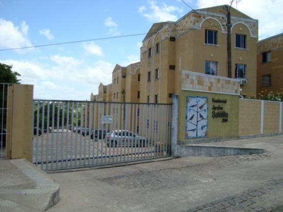 Apto 2/4 (AP00227) - Cond. Jardim Satélite - Pitimbú - Natal