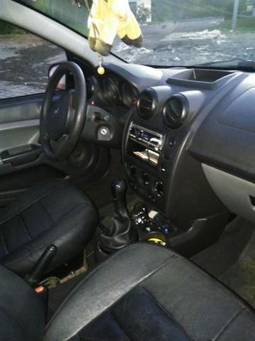 Ford Fiesta 2009 - Foto 11