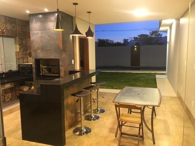 Samuel Pereira oferece: Casa 3 Suites Nova Moderna Pé Direito Duplo Piscina Churrasqueira - Foto 10