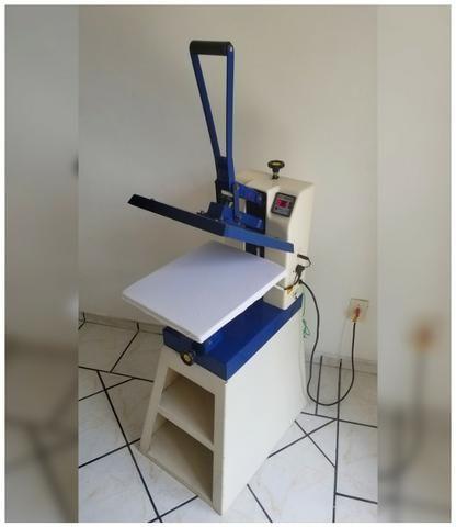 Prensa térmica manual, Metalnox 35x45cm, 220v** BASE. Usada. Funciona perfeitamente