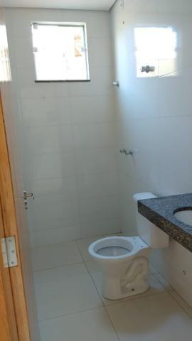 Vendo lindo duplex Novo com 3 quartos e com 2 suítes e acabamento diferenciado - Foto 6