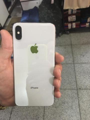 Imperdível iPhone XS Max 512 giga branco 6000 parcelo acréscimo da maquininha - Foto 3