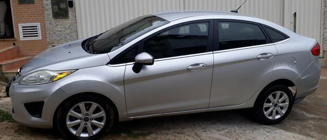 Ford/New Fiesta sedan