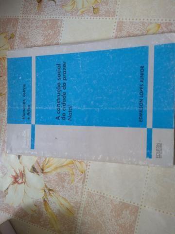 Cinco Livros por preço baixo - Foto 4