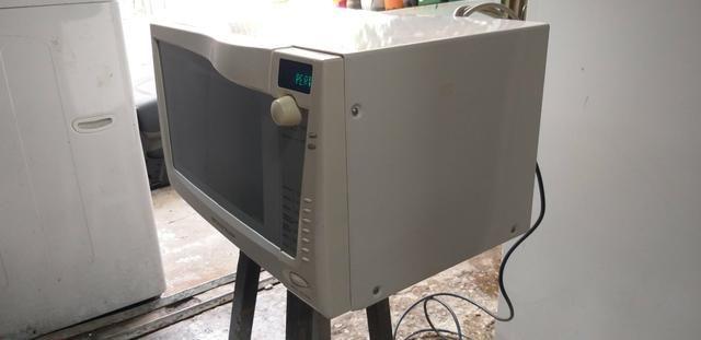 Micro ondas Brastemp 27L - Foto 5