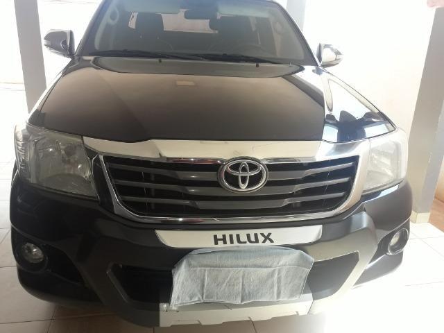 Hilux srv 4x4 flex automática ano 2014