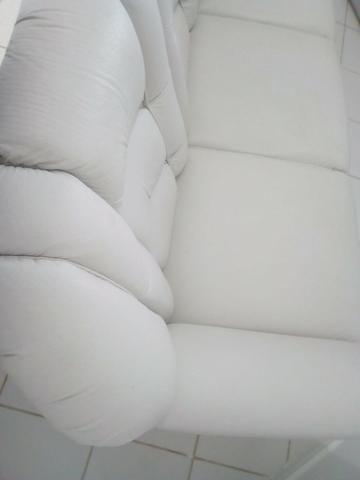 Vendo sofá 3 lugares em couro