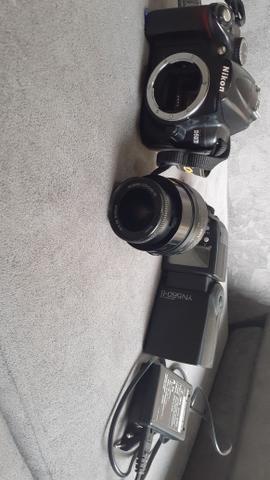 Vendo ou troco Nikon D5000 - Foto 2