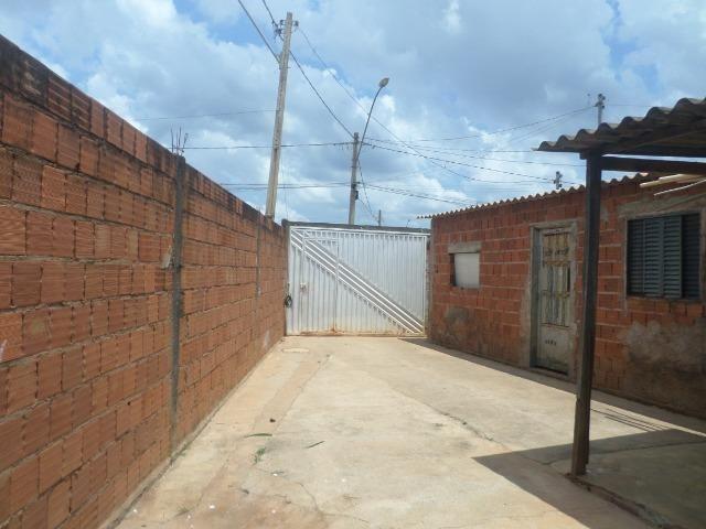 Vd Cs 2 qts lote 220 m² cond pinheiro - Sol Nascente - Cei DF - Foto 4